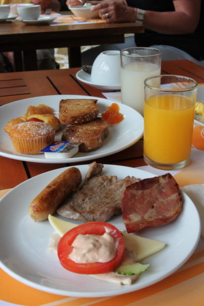 Breakfast give you energy of the whole day (by PipperL)